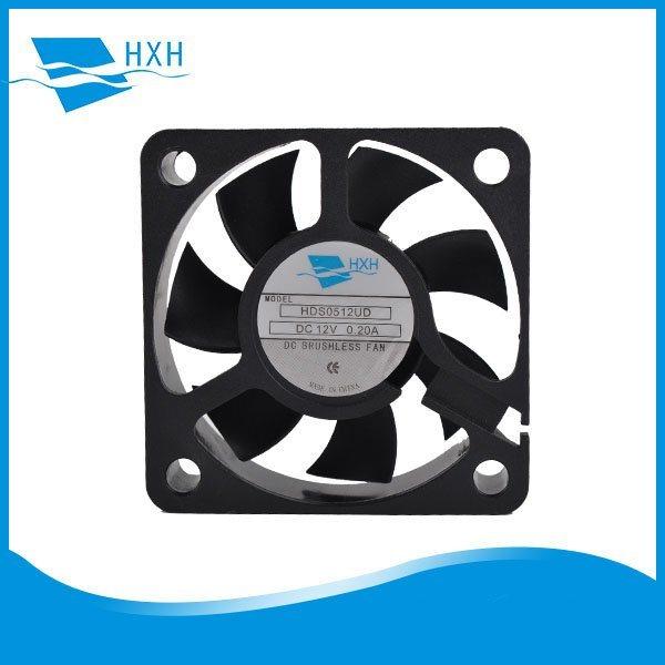 散热用途 USB风扇 创意磁吸超静音无刷宠物电器风冷却降温器风扇