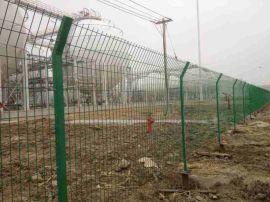 四川公路护栏网,公路浸塑护栏网,球场包塑护栏网