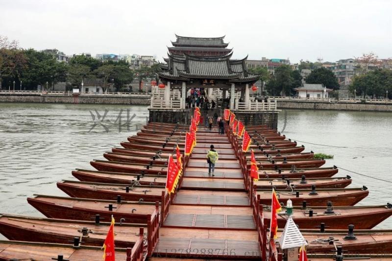 河北唐山水库木质栈道船中式手划船厂家直销质量耐用