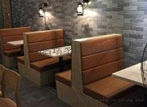 皮艺西餐厅桌椅卡座沙发咖啡厅餐桌椅组合实木餐桌甜品奶茶店桌椅
