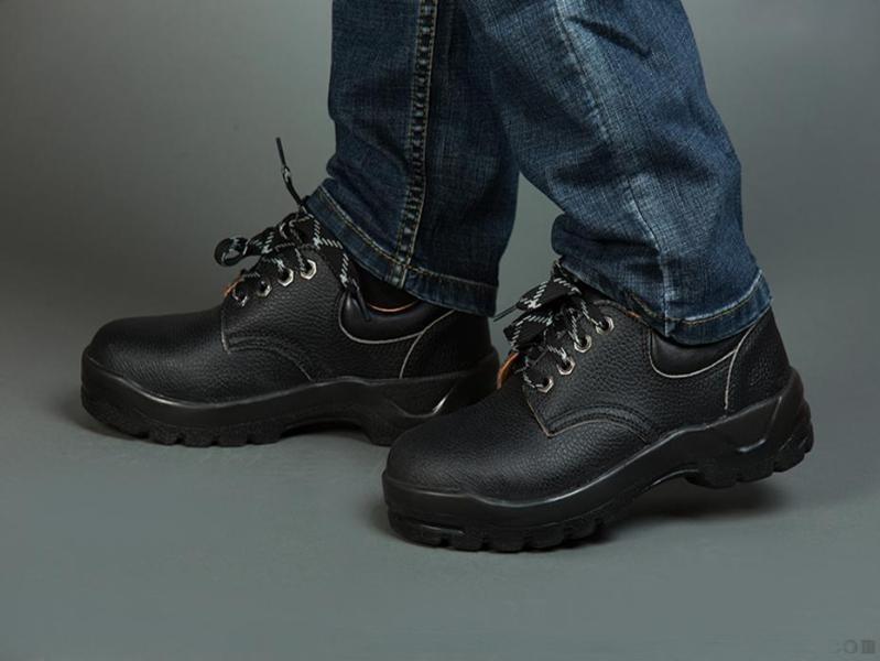 市场需求造就了防静电劳保鞋