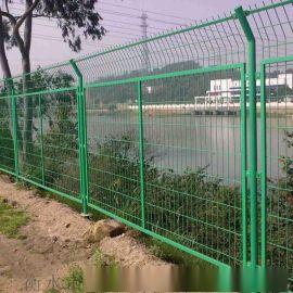 白色护栏网 浸塑围栏网 公路护栏网 护栏网厂家