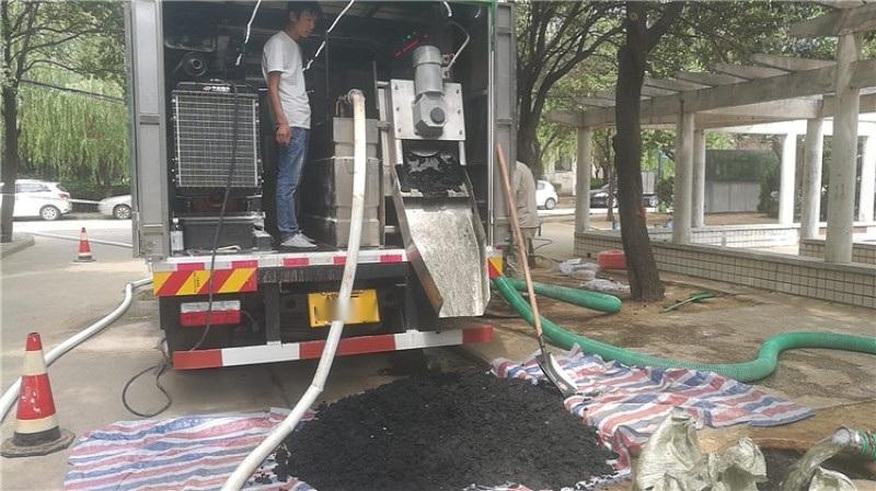 固液分离真空吸粪车 多功能净化环卫吸粪车