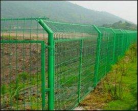 护栏网/护栏网厂家/荷兰网/公路护栏网/波浪护栏网高品质,低价位13831880991