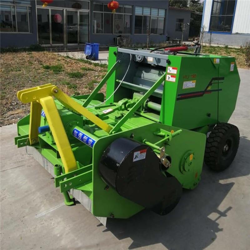 玉米秸秆打包机,行走式粉碎玉米秸秆打捆机