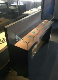 深圳展柜厂,深圳博物馆展柜订做,瓷器展柜制作厂家