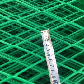 钢板网防护栅栏-浸塑钢板网护栏-钢板网隔离网