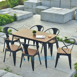 塑木戶外室外花園庭院咖啡廳現代簡約塑木桌椅組合