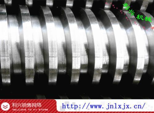 供应矩形丝杆规格梯形丝杠的价格