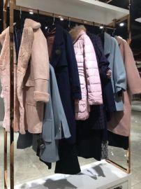 名 哥供應品牌折扣女裝 一手貨源17年秋冬款毛衣外套多款多色批發