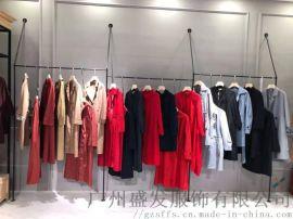 杭州19秋欧美风衣长款三标齐全 品牌折扣女装走份