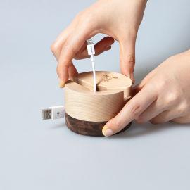 熊兴木质手机支架办公桌面通用手机架简约实木收纳
