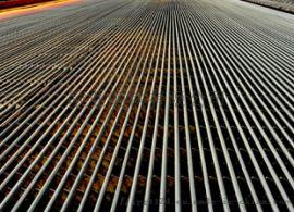 供应敬业钢厂长度9m、12m螺纹钢