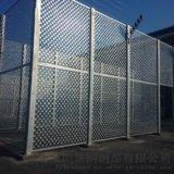 鋼格板護欄廠家提供於球場,圍欄