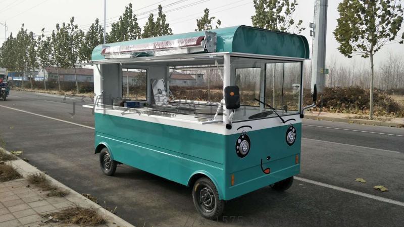 山西全封闭四轮电动餐车流动餐车巴士街景小吃车