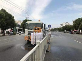 國五東風天錦護欄清洗車