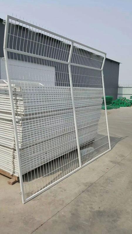 鐵路護欄網 浸塑安全護欄網 場區框架護欄網廠家直銷