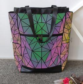 几何背**光电脑包男女通用菱格双肩包多户外旅行包