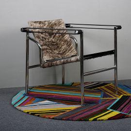 奶牛皮LC1柯布西耶椅扶手椅包豪斯椅巴斯库兰椅