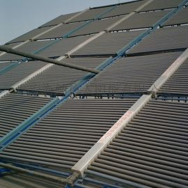 可电辅热或结合空气能的太阳能集热设备