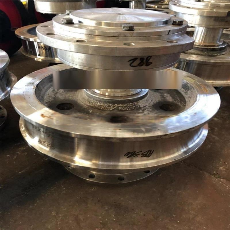 现货供应双梁驱动行车轮 直径800角箱铸钢车轮组