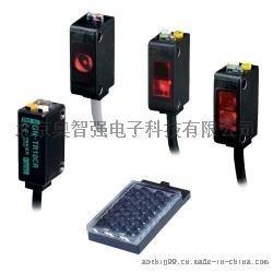 TAKEX自帶放大器漫反射光電開關GN-R40CR