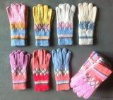 厂家生产批发最新款时尚女装服饰配件手套针织手套羊毛手套手工艺挑花手套