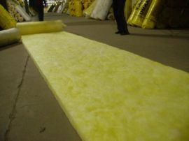 1200玻璃纤维100厚玻璃丝棉玻璃棉 山东金威10玻璃棉 保温玻璃棉