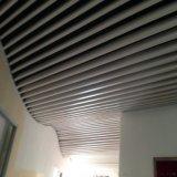 料理店吊顶木纹铝方通 仿古木纹铝方通U型