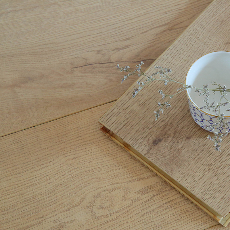 新三层实木地板 多层复合环保 防潮耐磨防水地暖锁扣