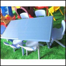 低价批发山西幼儿园教具,幼儿桌六人桌,塑料桌,幼儿园课桌椅
