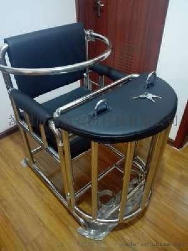 仿不锈钢圆管型审讯椅 棕黑色板钥匙型铁质审讯桌椅