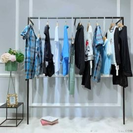 ChoulKim北京大的尾货市场在哪里批发 曼紫女装棉服折扣批发尾货