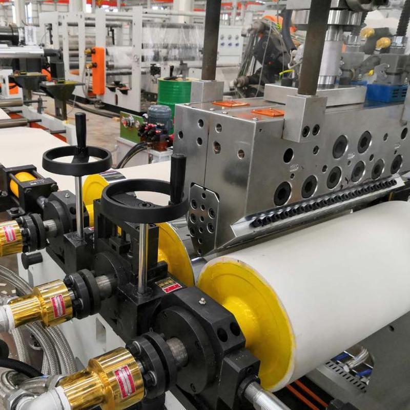 苏州金韦尔塑料挤出试验机设备