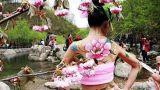 河南郑州人体彩绘 群芳争艳