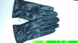 羊皮女套。厂家定做。真皮手套。蝴蝶款式,保暖手套