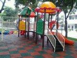 深圳小区游乐场幼儿园无缝地垫,安全地垫,橡胶地砖,彩色橡胶地砖