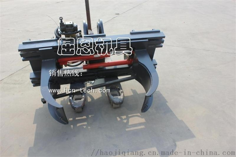 HCN品牌小型滑移油桶夾