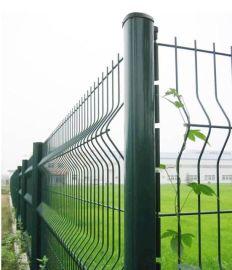 青岛厂家供应三角折弯护栏网胶州机场围网