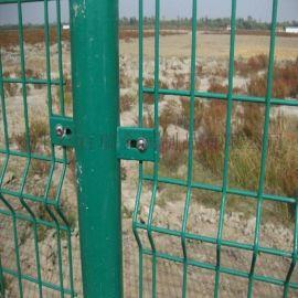公路护栏网-双边丝隔离栅-双边丝隔离网