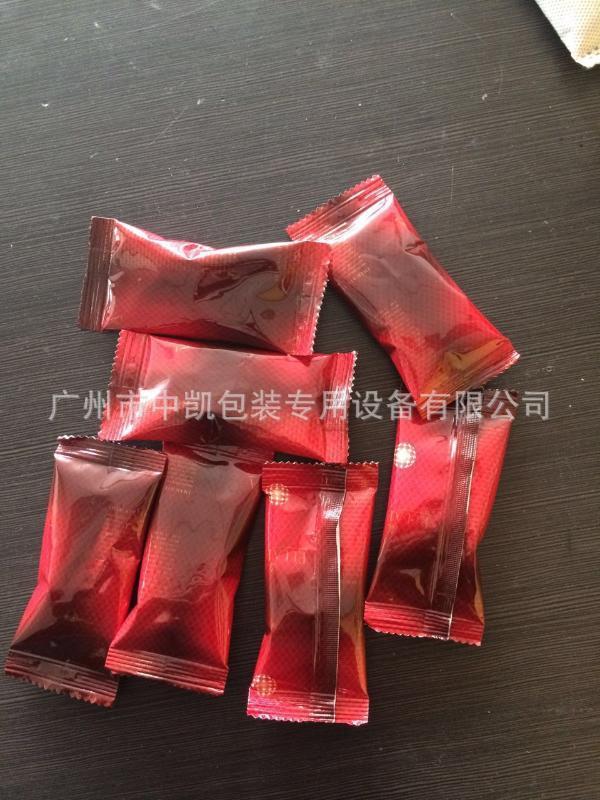 廠家直銷全自動芝麻包裝機 小型立式顆粒包裝機 麥片包裝機