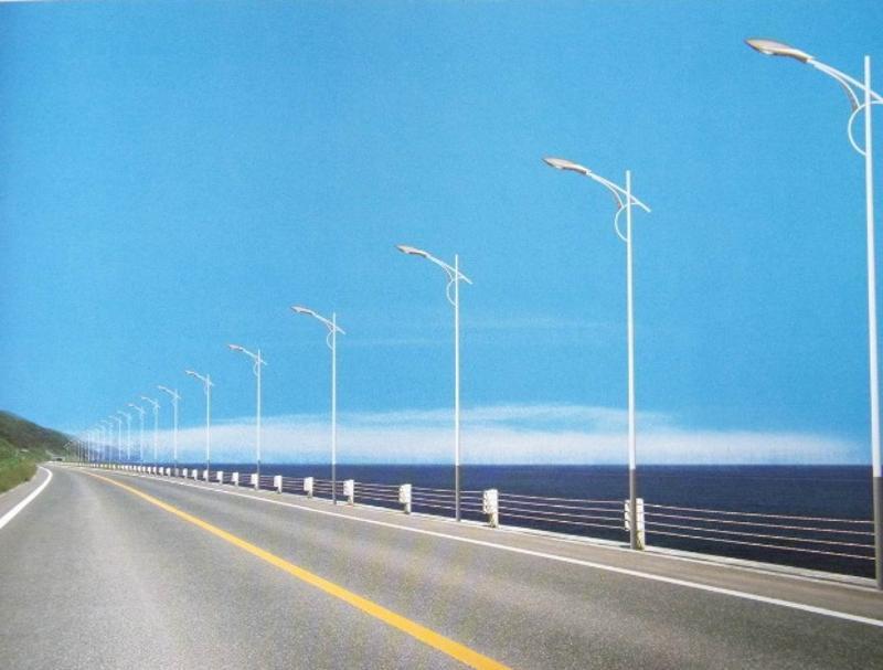 四川路燈廠家直銷成都LED路燈報價多少錢