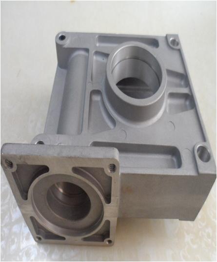 汽车电机罩铝合金压铸 、汽车配件操纵盖 、铝合金压铸汽车发电机风扇压铸加工