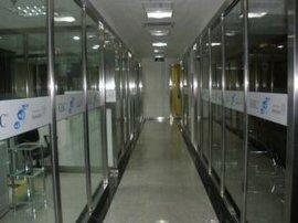 深圳宝安西乡办公室隔墙玻璃隔墙