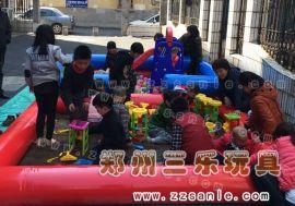 商丘城镇广场公园经营充气玩具沙滩池产品价格