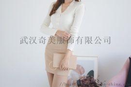 拉夏贝尔广州石井牛仔裤尾货批发市场折扣女装