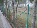 刺铁丝护栏网隔离栅,刺绳高速公路隔离栅