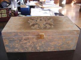 木制雕花礼品盒