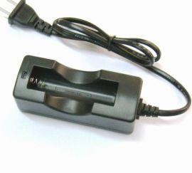 18650单节锂电池充电器(足1000mA充电)