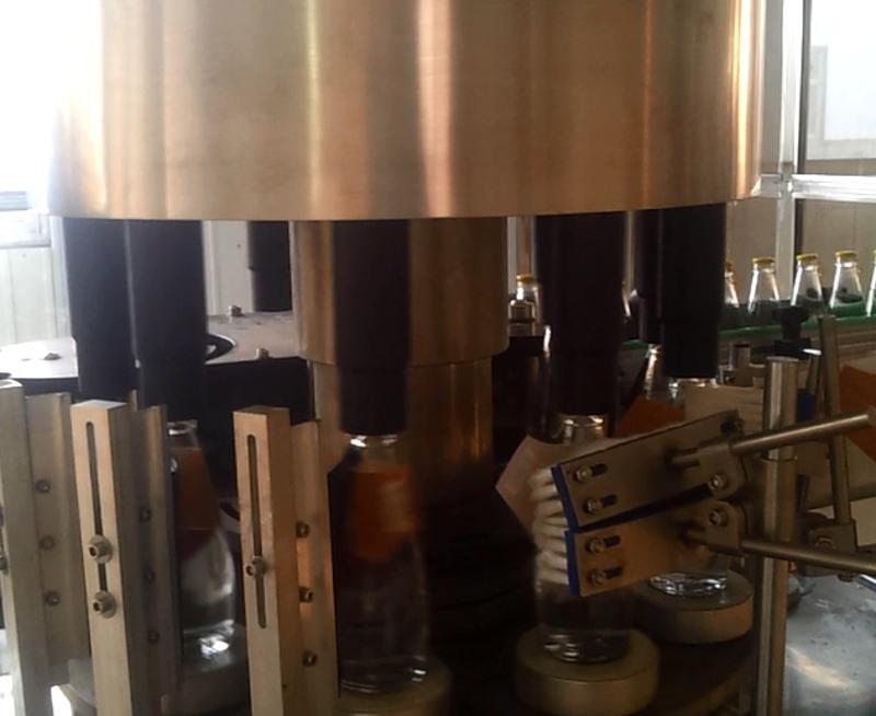 锥形贴标机5000瓶/小时